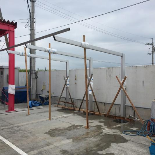 2.建柱作業